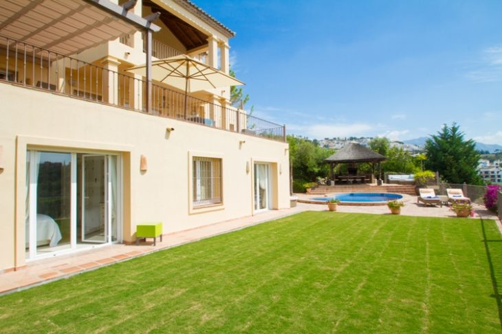 Luxury 6 Bedroom Villa,private garden and stunning pool. - Fancy a ...